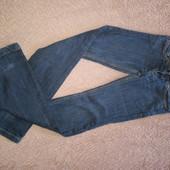 Фирменные джинсы на подростка или худого мужчину
