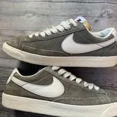 Замшевые кроссовки Nike оригинал 38,5 размер стелька 24,5