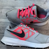 Крутые кроссовки Nike оригинал в идеальном состоянии 33 размер стелька 21 см