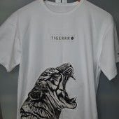 Шикарная футболка на подростка 15- 17 лет новая