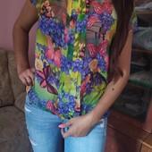 Классная шифоновая блузка + стильные джинсы в одном лоте.