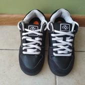 Роликовые кроссовки Heelys в отличном состоянии, стелька - 21см по бирке.