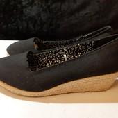Черные текстильные туфли Units, разм. 37 (24 см внутри). Сост. отличное!