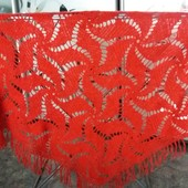 Ажурная шаль ручная работа ( реально-густой красный цвет! . размеры : 215*115*0.90 см.
