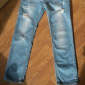 Супермодные фирменные джинсы- рванки на девочку 9-12 лет.Идеал!!!