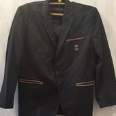 Стильный пиджак в школу на подростка- шерсть 75%.