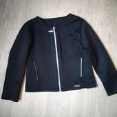 Школьный пиджак ,состояние нового122 см