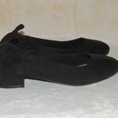 Красивые туфельки 25 см Состояние новых