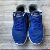 Кроссовки Nike оригинал 35,5 размер стелька 23 см