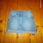 Юбка джинсова 128-134 см Стан нової)
