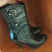 Кожаные лаковые ботиночки 38 размер