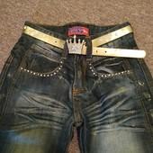 джинсы с поясом на девочку 9-10лет.