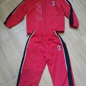 Красивый спортивный костюм на возраст 1,5-2,5 года