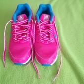 Яркие легкие фирменные кроссовки 35 размер