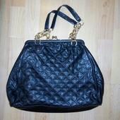 Красивая моднявая сумка фирменная