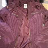 Новая фирменная куртка деми цвета марсала на размер 42-44.