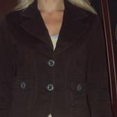 Стильный пиджак в идеальном состоянии. 44 размер. Замеры в объявлении