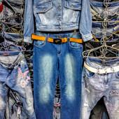 Новые стрейчевые джинсы, р. 33, поб 53 см, пот 42 см. Высокая талия