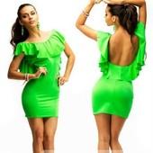 Яркое платье с открытой спиной из бифлекса