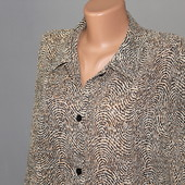 классная по качеству блуза , идеально для офиса, 55см пог, красивая расцветка