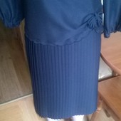 Гарна сукня на р.50-52 див. замір