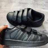Кроссовки Adidas оригинал 28 размер стелька 18,5 см