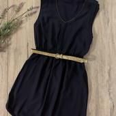Женское платье. Размер m(ориентироваться на замеры). В хорошем состоянии.