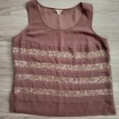 Фирменная красивая блуза расшитая пайетками р.16-18 в отличном состоянии