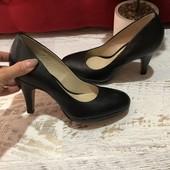 Туфлі із натуральної шкіри,від San Marina,розмір 36,устілка 23,3