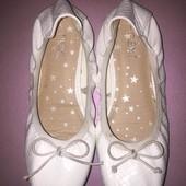 Белые балетки туфли для девочки размер 30 от Next