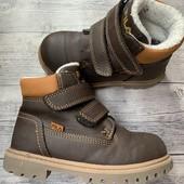 Утеплённые ботиночки Fila 24 размер стелька 15,5 см
