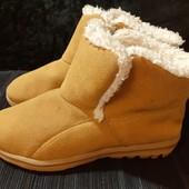 Зимние замшевые ботинки от Skechers, ориг. Вьетнам, разм. 35 (22 см по бирке). Сост. отличное!
