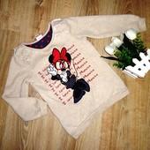 Красивый свитерок Дисней с Минни маус на 3-4 года.