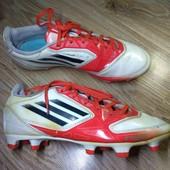 Adidas.  футбольные бутсы.  23.5 см