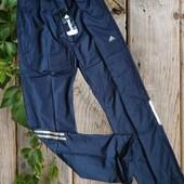 Mужские спортивные штаны Adidas. размер xl