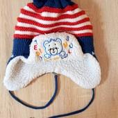 Дуже тепла шапка на хлопчика 6-7 років
