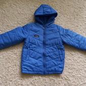Курточка демісезон, тонкий синтепон, в гарному стані