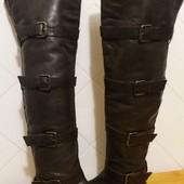 Прекрасные кожаные сапоги -ботфорты( Италия ) размер 37 стелька 23.5 см.