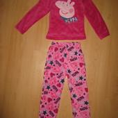 Отличное состояние!!Теплющая плюшевая пижама, костюм домашний!6-7 л и р 116-122 см!