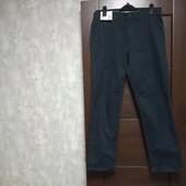 Фирменные новые коттоновые мужские брюки-джинсы р.32-30 на пот-41-42,5, поб-52-53