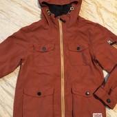 Дуже класна курточка-вітровка Next на 9 років зріст 134 см в ідеалі