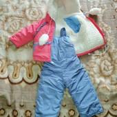 Комбінезон зимовий для дівчинки розмір 74 в  хорошому стані.