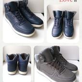 Зимние мужские ботинки, удобные,практичные,на ноге смотрятся супер, размер 40,41