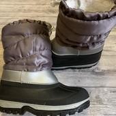 Отличные зимние сапожки 29-30 размер стелька 19,5 см . Состояние новых !!!