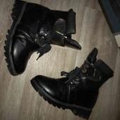 Зимние ботинки на девочку 34рр