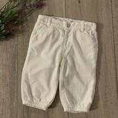 Вельветовые штаны ( с х/б подкладкой) на мальчика или девочку 3-6 месяцев. В отличном состоянии.