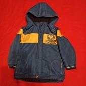 Качественная, добротная курточка на рост где-то 110-116 в хорошем состоянии