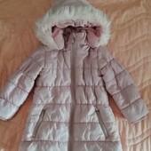 Тёплое, стёганое пальто для девочки)