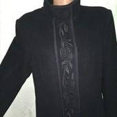 Ексклюзив! Шикарное теплое пальто с вышивкой Jarques Vest 80%шерсть р.14(48-50-52) пог 54