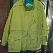 Демисезонная куртка горчичного цвета на мужчину L